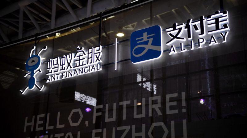 Tính tới tháng 6/2019, ứng dụng thanh toán Alipay cùng các đối tác ví điện tử hiện có khoảng 900 triệu người dùng thường niên tại Trung Quốc và 1,2 tỷ người dùng trên toàn cầu - Ảnh: Getty Images.