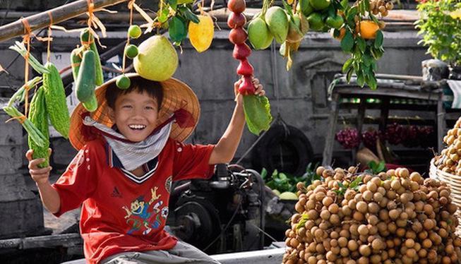 Xuất khẩu sang Trung Quốc nhiều, tuy nhiên giá xuất khẩu của Việt Nam vẫn thấp, lý do là gần 3/4 mặt hàng rau quả của Việt Nam xuất sang thị trường này là theo đường tiểu ngạch.<br>