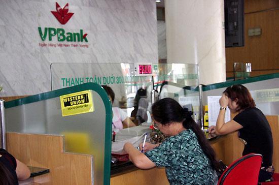 Với vay thấu chi tiêu dùng tín chấp, VPBank cấp hạn mức tối đa 200 triệu đồng.