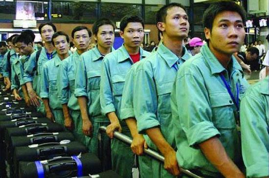 Năm nay Chính phủ bố trí nguồn vốn cho chính sách xuất khẩu lao động ít hơn những năm trước.