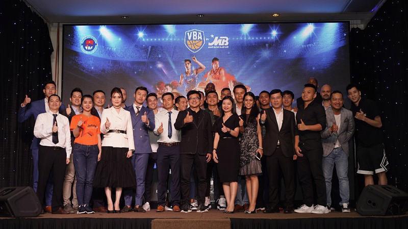 Mùa giải VBA by MB 2019 sẽ chính thức diễn ra từ ngày 1/6/2019 và App MBBank sẽ là kênh bán vé chính thức đầu tiên sau ngày họp báo 6/5.