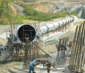 """""""SCG sẽ đầu tư sản xuất xi măng tại Việt Nam vì nhu cầu thị trường rất lớn do sự phát triển mạnh mẽ của cơ sở hạ tầng."""""""