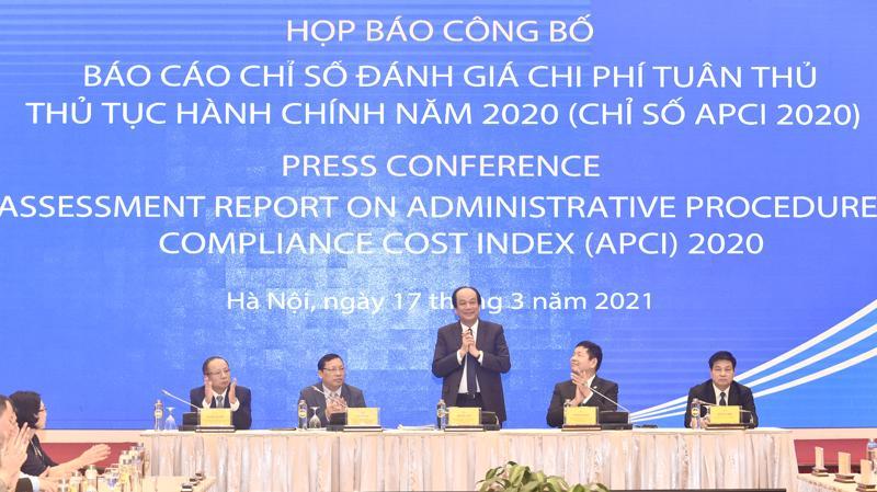 Bộ trưởng, Chủ nhiệm Văn phòng Chính phủ Mai Tiến Dũng chủ trì họp báo công bố Báo cáo Chỉ số đánh giá chi phí tuân thủ thủ tục hành chính năm 2020 (APCI 2020) - Ảnh: VGP