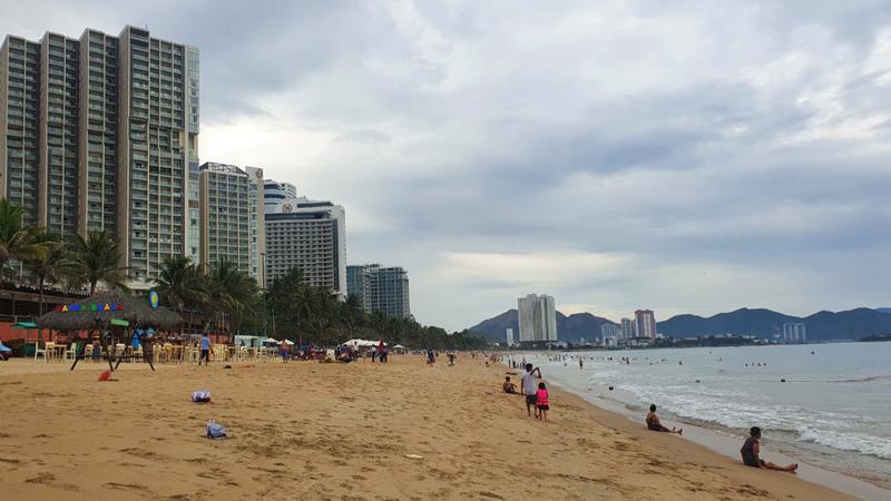 Hầu hết các khách sạn và khu nghỉ dưỡng có kết quả hoạt động kinh doanh giảm sút, một số ít phải quyết định đóng cửa tạm thời, theo báo cáo của Savills Việt Nam