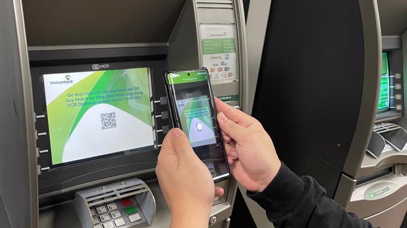 Tính bảo mật khi rút tiền bằng mã QR cũng rất cao, kẻ gian không thể lợi dụng sao chép thông tin cá nhân trên thẻ.