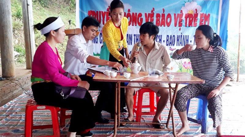 Một hoạt động truyền thông bảo vệ trẻ em ở tỉnh Hoà Bình.