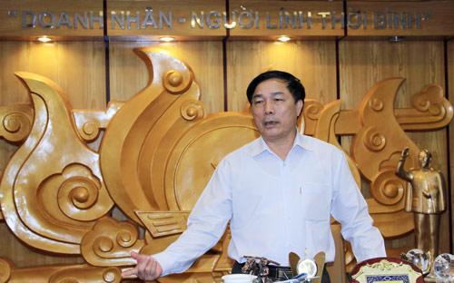 Chủ tịch Tổng công ty Cổ phần Hợp Lực, đồng thời là Chủ tịch Câu lạc bộ Bóng đá Thanh Hoá, ông Nguyễn Văn Đệ - Ảnh: Bobi.<br>