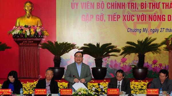 Bí thư Thành ủy Hoàng Trung Hải phát biểu tại buổi tiếp xúc.