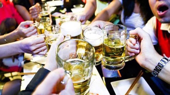 Đề xuất bán rượu bia theo giờ không áp dụng với tuyến phố kinh doanh ẩm thực, giải trí, du lịch.
