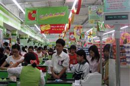 Nắng nóng kéo dài được xem là nguyên nhân khiến lượng hàng hóa tiêu thụ trong dịp Tết tại thủ đô giảm.