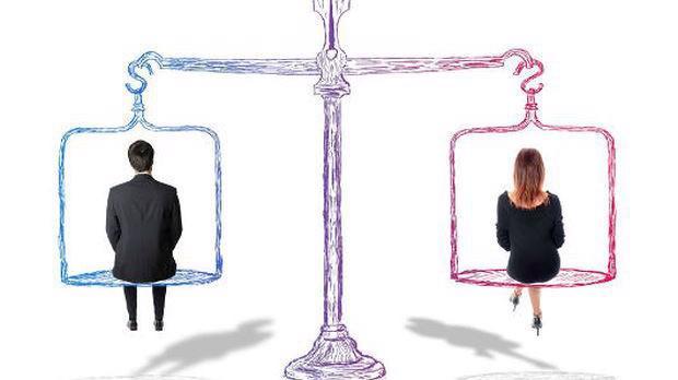 Nghiên cứu sửa đổi, bổ sung các chính sách đảm bảo không phân biệt đối xử về quyền, nghĩa vụ, quyền lợi và trách nhiệm giữa nam giới và nữ giới trong lao động. (Ảnh minh họa).