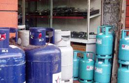 Từ trung tuần tháng 8 đến nay, giá gas tùy theo từng hãng đã có mức tăng tới 85.000 đồng/bình 12kg.