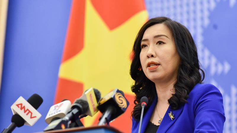 Người Phát ngôn Bộ Ngoại giao Lê Thị Thu Hằng tại họp báo ngày 5/11 - Ảnh: BQT.