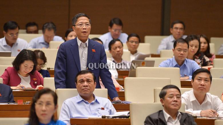 Bộ trưởng Bộ Công Thương Trần Tuấn Anh trả lời chất vấn tại Quốc hội.