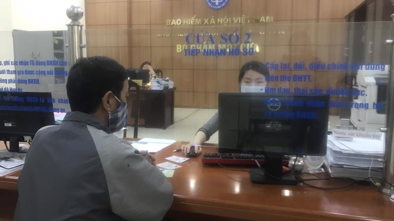 Bộ phận một cửa của BHXH Hưng Yên. Ảnh - BHXH Việt Nam.