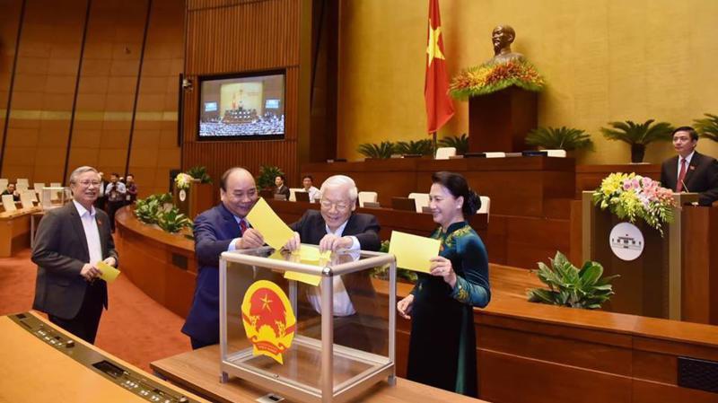 Quốc hội bỏ phiếu bầu Tổng bí thư Nguyễn Phú Trọng giữ chức vụ Chủ tịch nước - Ảnh: Quang Phúc