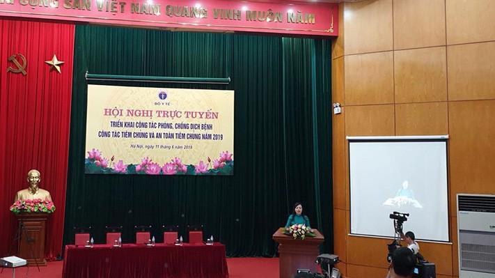 Bộ trưởng Nguyễn Thị Kim Tiến phát biểu tại hội thảo.
