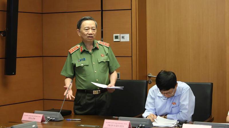 Bộ trưởng Bộ công an Tô Lâm tại phiên thảo luận tổ chiều 7/6.