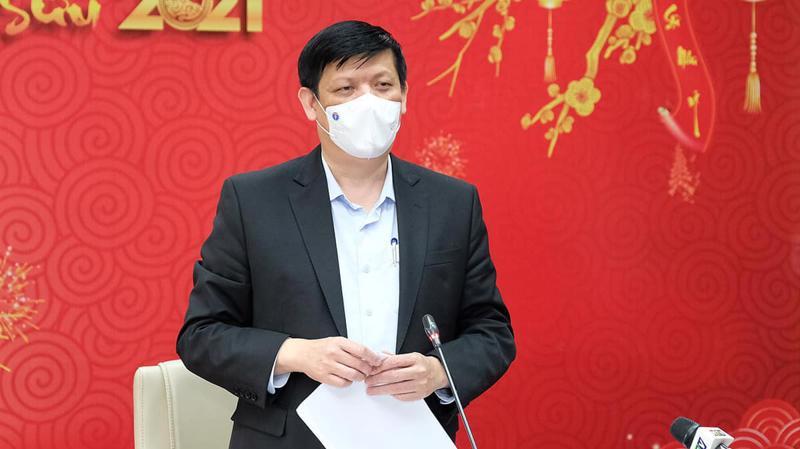 Bộ trưởng Bộ Y tế Nguyễn Thanh Long thông tin về vấn đề vaccine tại cuộc họp chống dịch Covid-19 ngày 19/2. Ảnh - Trần Minh.