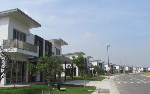 Việc cho phép Việt kiều, người nước ngoài mua nhà hiện mới chỉ dừng ở mức thí điểm mua một căn hộ chung cư.<br>