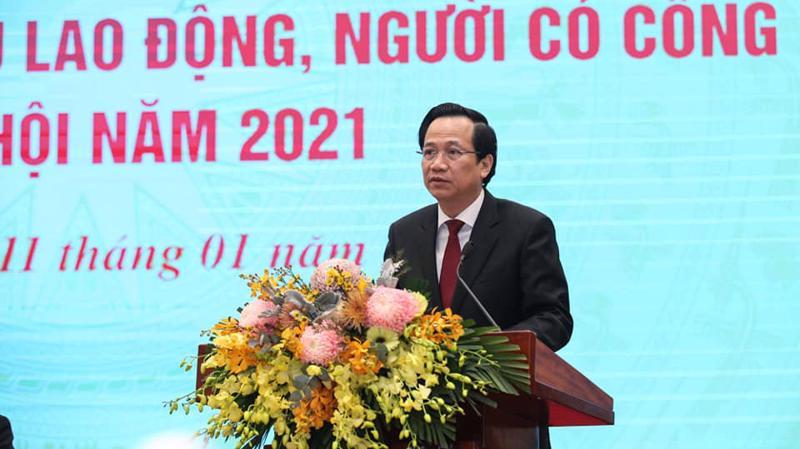 Bộ trưởng Đào Ngọc Dung phát biểu tại hội nghị sáng 11/1. Ảnh - Mạnh Dũng.