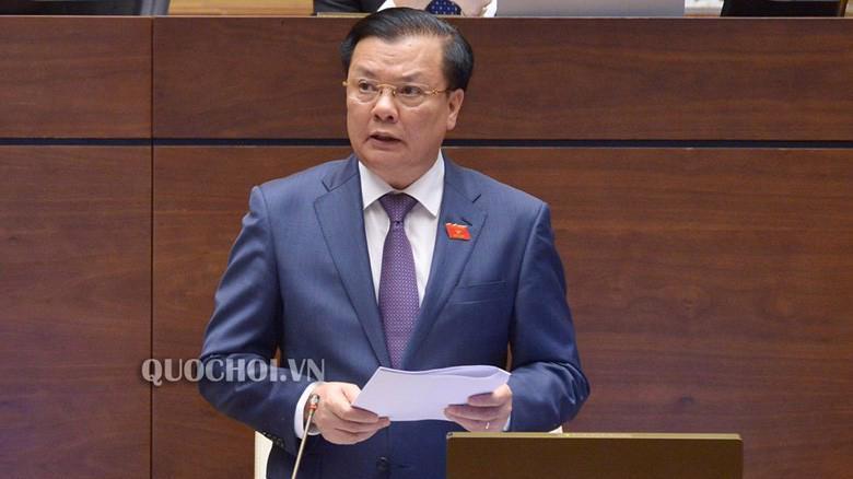 Bộ trưởng Bộ Tài chính Đinh Tiến Dũng giải trình và ngân sách, nợ công.