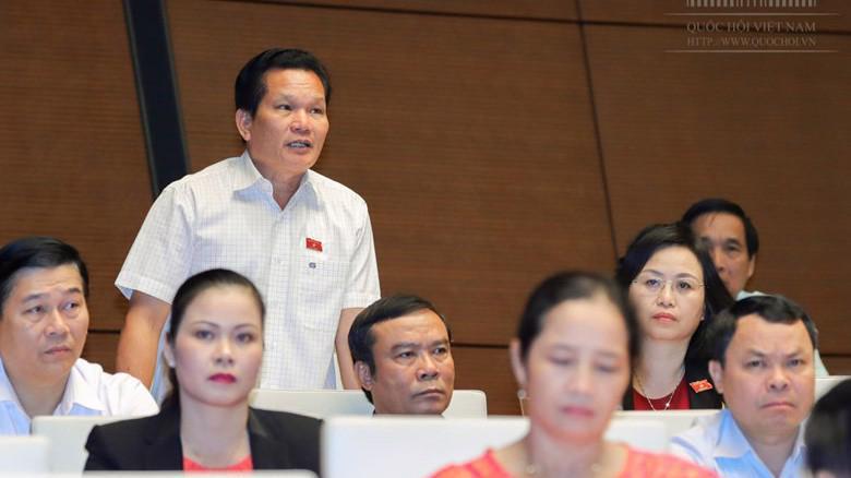Đại biểu Bùi Sỹ Lợi chất vấn Phó thủ tướng Vương Đình Huệ về cải cách tiền lương