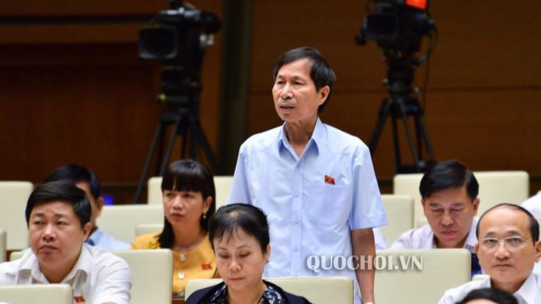 Đại biểu Bùi Văn Phương góp ý dự thảo Luật Giáo dục (sửa đổi)