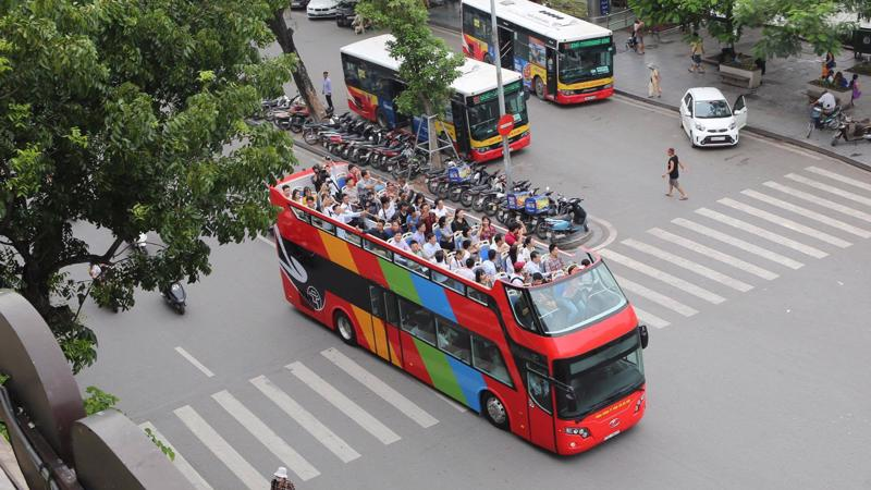Hà Nội thí điểm buýt 2 tầng trước Tết Nguyên đán 2018.