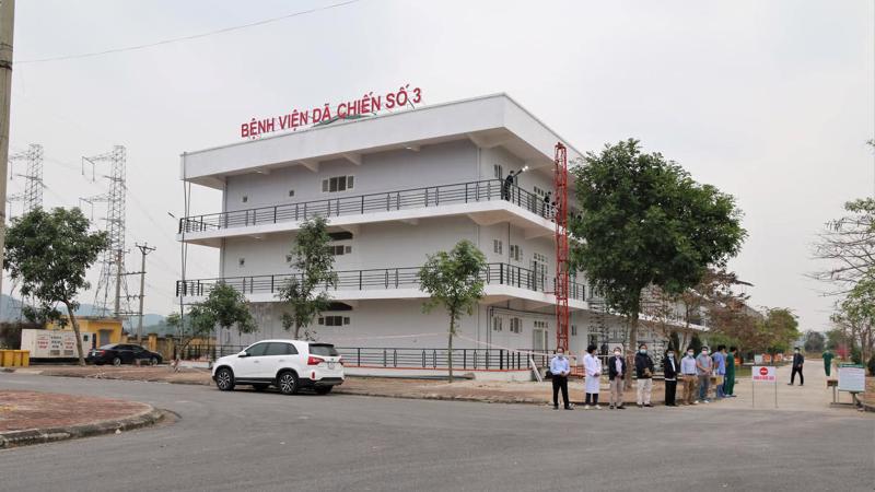 Bệnh viện Dã chiến số 3 nằm trong khuôn viên trường Đại học Sao Đỏ cơ sở 2, Tp. Chí Linh, Hải Dương. Ảnh - Anh Văn.