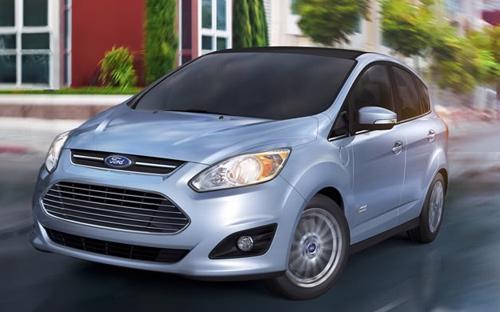 Ford đang bị kiện và đòi bồi thường do quảng cáo sai sự thật mức tiêu thụ nhiên liệu của mẫu C-max Hybrid.<br>
