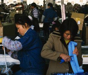 Theo quy hoạch phát triển ngành nhựa đến năm 2010 thì chỉ tiêu phát triển của ngành cho giai đoạn 2006-2010 phải đạt 15%/năm.