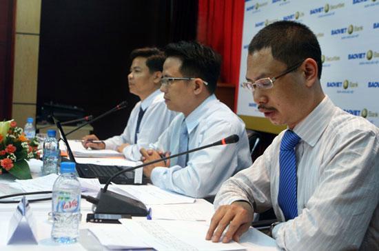 Định kỳ mỗi năm hai lần Bảo Việt tổ chức họp báo để công bố kết quả kinh doanh.