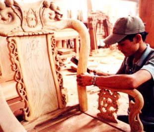 Theo số liệu của Tổng cục Hải quan, nửa đầu năm 2009, xuất khẩu sản phẩm gỗ của Việt Nam đạt 462,7 triệu USD, giảm 0,5% so với cùng kỳ năm 2008.