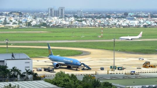 Đề xuất giá nhượng quyền khai thác nhà ga hành khách quốc tế từ 3,5 - 7%.