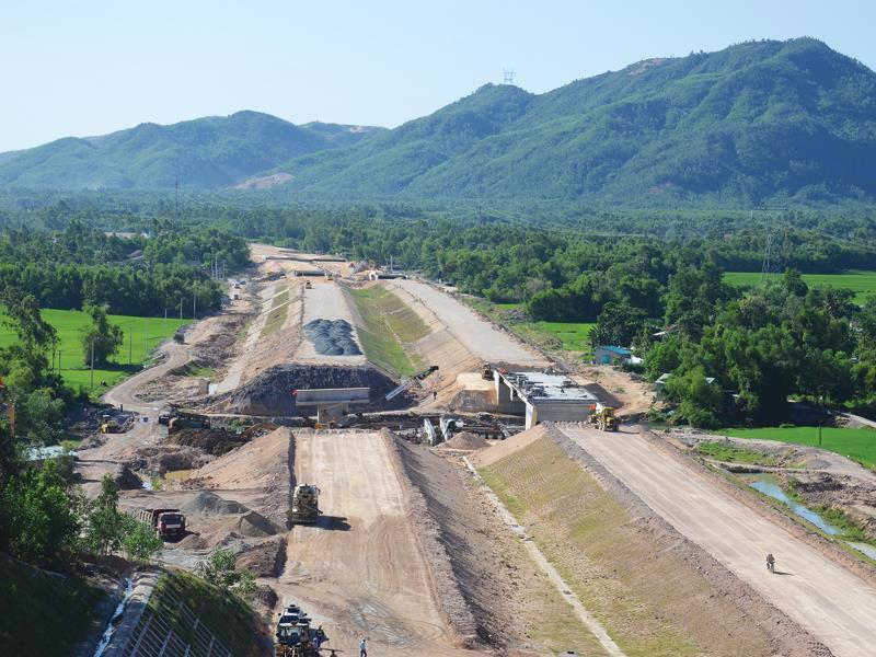Dự án cao tốc Đà Nẵng - Quảng Ngãi, trên địa bàn thành phố Đà Nẵng tại nút giao Túy Loan còn 68 hộ chưa di chuyển.