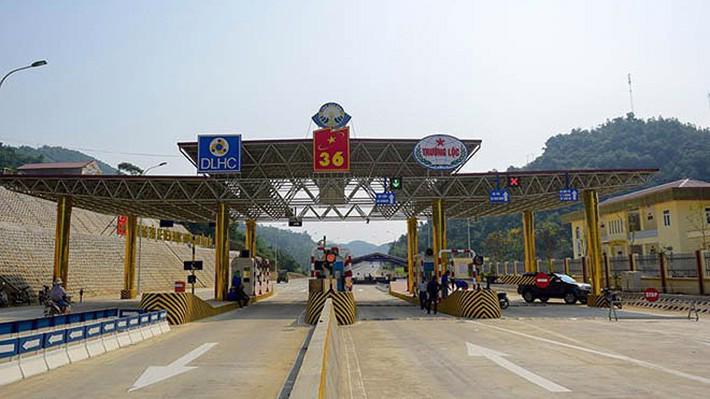Theo Bộ Giao thông vận tải, việc đưa khoản nợ 192 tỉ đồng vào dự án BOT đường Hòa Lạc - Hòa Bình không khả thi về tài chính.