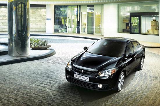 Renault Fluence là mẫu sedan hạng trung được Công ty Auto Motors Việt Nam tung ra thị trường vào tháng 11/2010.