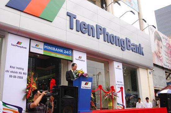 Lễ khai trương một chi nhánh mới của Ngân hàng TiênPhongBank tại Hà Nội.