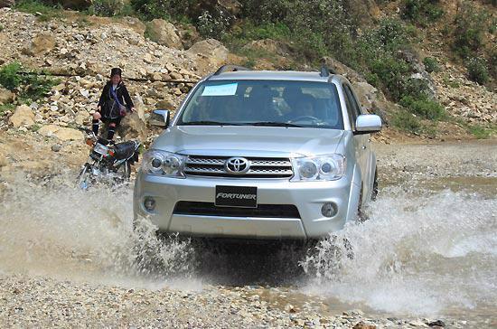 Mẫu xe đang dụng Fortuner của Toyota Việt Nam - Ảnh: Đức Thọ.