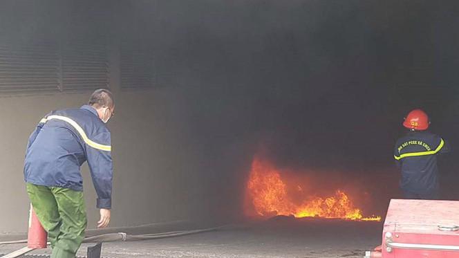 Vụ cháy tại Carina Plaza đã khiến 14 người thiệt mạng, 91 người bị thương.