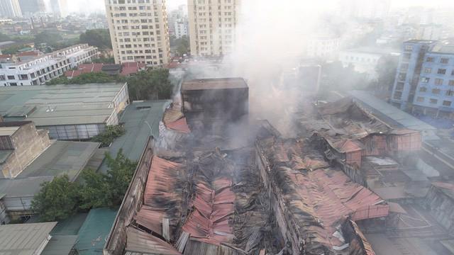 Sở Tài nguyên và Môi trường Hà Nội tiếp tục đánh giá mức độ ô nhiễm sau vụ cháy nhà máy Rạng Đông. Ảnh minh họa - Internet.