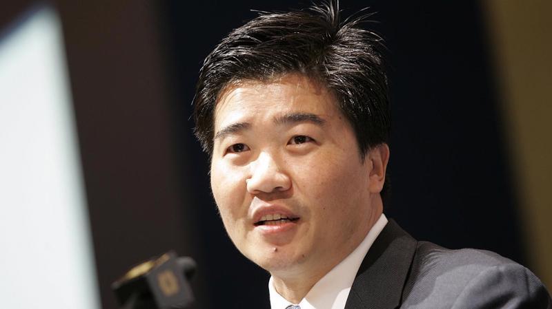 Ông Chua Hak Bin, Kinh tế gia trưởng, Tập đoàn Maybank Kim Eng
