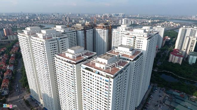 Dự án tổ hợp công trình dịch vụ, thương mại, văn phòng và nhà ở cao tầng tại ô HH1, HH2, HH3 và HH4 lô CC6 Khu dịch vụ tổng hợp và nhà ở hồ Linh Đàm, điều chỉnh chỉ tiêu mật độ xây dựng từ 24,6% lên gần 40%,