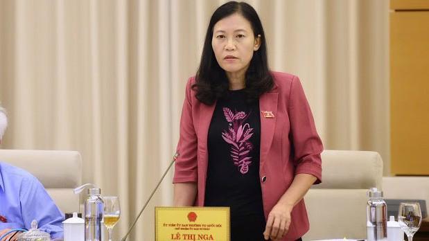 Chủ nhiệm Uỷ ban Tư pháp Lê Thị Nga phát biểu tại phiên họp - Ảnh: QP