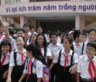 Tp.HCM đã có một số trường bán công chuyển thành trường công lập tự chủ tài chính - Ảnh: N.Hữu.
