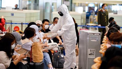 Việt Nam sẽ tiếp tục ghi nhận thêm các ca nhiễm Covid-19 sau khi tăng số chuyến bay đưa công dân và chuyên gia về nước. Ảnh minh họa.