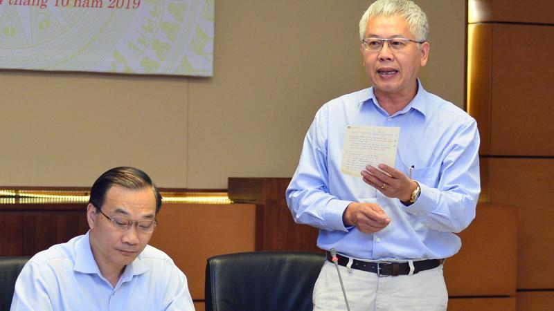 Phó chủ nhiệm Uỷ ban Kinh tế Nguyễn Đức Kiên phát biểu tại phiên họp - Ảnh: CTV