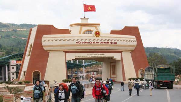 Cửa khẩu quốc tế Lao Bảo, Quảng Trị.