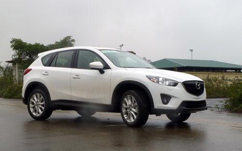 Dòng xe đa dụng lắp ráp trong nước Mazda CX-5 có mức chỉnh giảm giá đến 131 triệu đồng <i>- Ảnh: Bobi.</i>